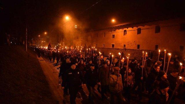 У день народження Степана Бандери у Львові пройшла смолоскипна хода