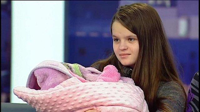 Батьком дитини 12-річної породіллі з Борислава виявився її 14-річний двоюрідний брат