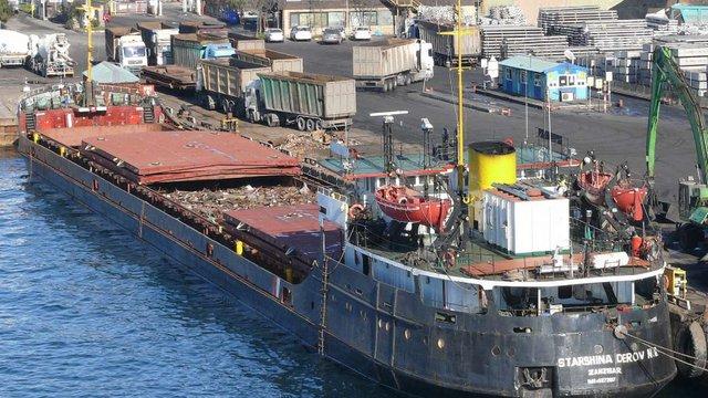 Українські моряки із заарештованого в Сирії судна повернуться до України на Різдво