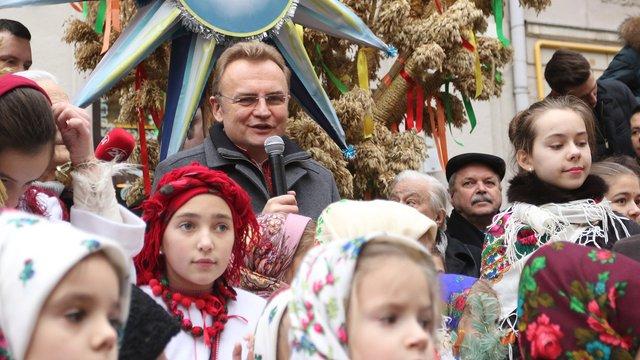 Мер Львова Андрій Садовий привітав українців з Різдвом Христовим