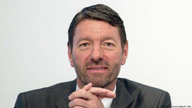 Глава компанії Adidas закликав Берлін поліпшити відносини з Росією