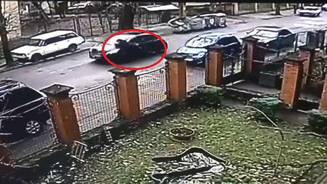 Водійці, яка у Львові тягнула поліцейського на капоті авто, загрожує до 5 років в'язниці