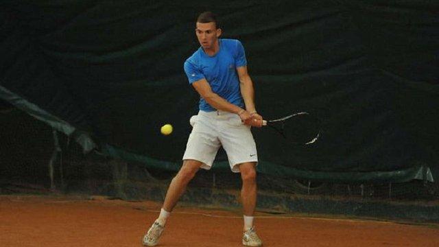 Українського тенісиста відсторонили від змагань через допінг
