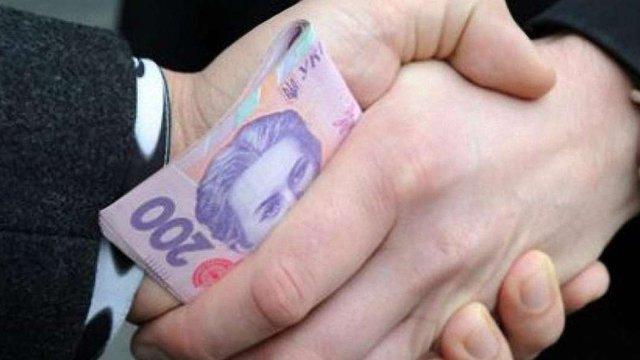 80% українців вважають боротьбу з корупцією неуспішною, - опитування