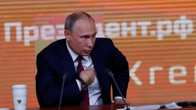 Президент РФ заявив про готовність передати Україні військові кораблі і авіатехніку з Криму