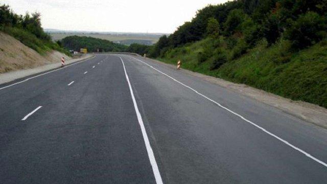 Автодороги місцевого значення з початку року перейшли в розпорядження ЛОДА