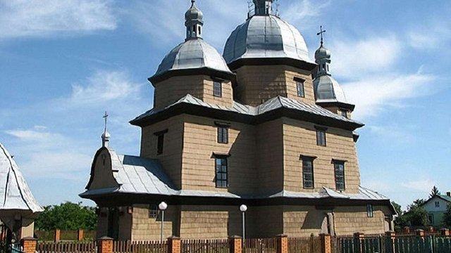 Реконструкцію дерев'яної церкви на Львівщині за ₴2,8 млн замовили у сумнівного підрядника