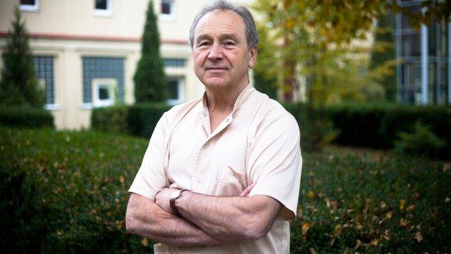 Відомий польський травматолог провів у Львові дві складні операції