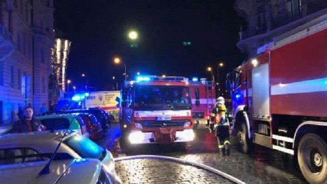 Троє людей загинули і дев'ятеро постраждали внаслідок пожежі у готелі в центрі Праги