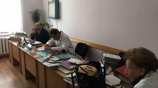 СБУ затримала у Львові двох медиків, що вимагали ₴50 тис. за призначення інвалідності