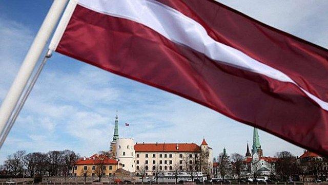 Усі школи Латвії переведуть на державну мову навчання
