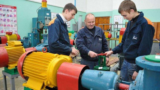 Майже 50% безробітних в Україні мають вищу освіту