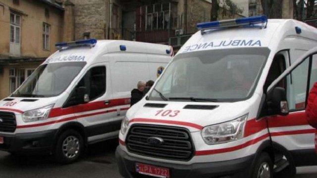 Центри екстреної медичної допомоги Львівщини отримали чотири нові автомобілі