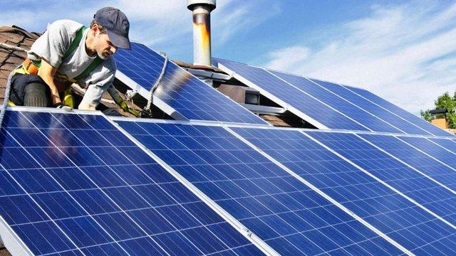 У Бродах запровадили програму підтримки встановлення сонячних батарей