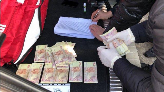 У Львові на хабарі в ₴30 тис. затримали одну з керівниць державного проектного інституту