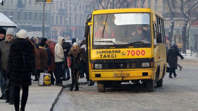 Петиція з вимогою повністю відмовитись від маршруток у Львові стрімко набирає голоси
