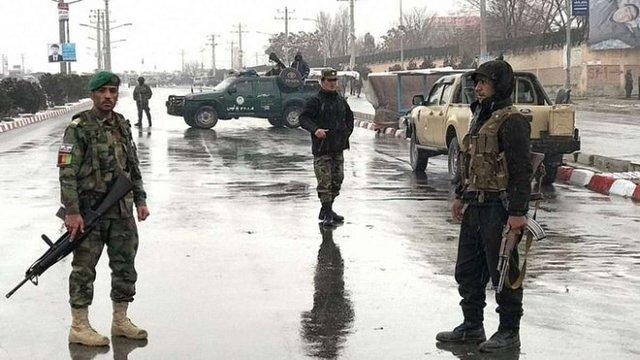 Терористи «Ісламської держави» атакували військову базу в Кабулі
