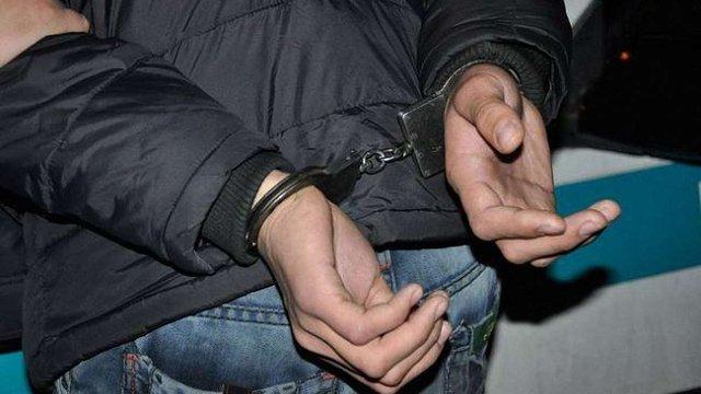 На Буковині злочинці дослідили декларацію про доходи судді і пограбували його