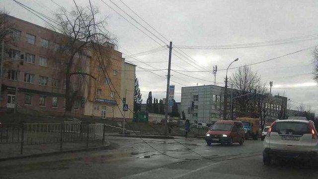 Через обрив контактної мережі у Львові не курсує тролейбус №24