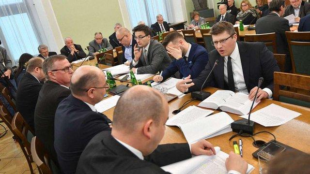 Польський Сенат не захотів змінювати закон про заборону «бандеризму»