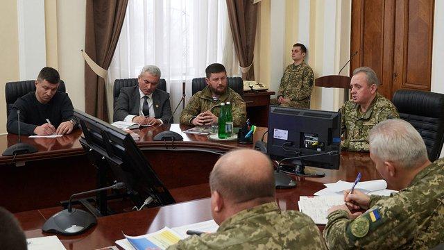 Генштаб ЗСУ планує співпрацювати з громадськими організаціями учасників АТО, - Муженко