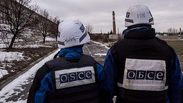 Бойовики обстріляли патруль місії ОБСЄ біля Ясинуватої