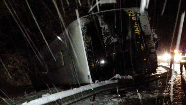 На Львівщині перекинувся автобус із аматорською футбольною командою