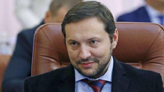 Кабмін і Верховна Рада майже рік не можуть звільнити міністра інформполітики Юрія Стеця