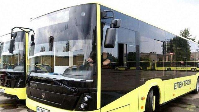 Поліція затримала ще три автобуси львівського АТП-1