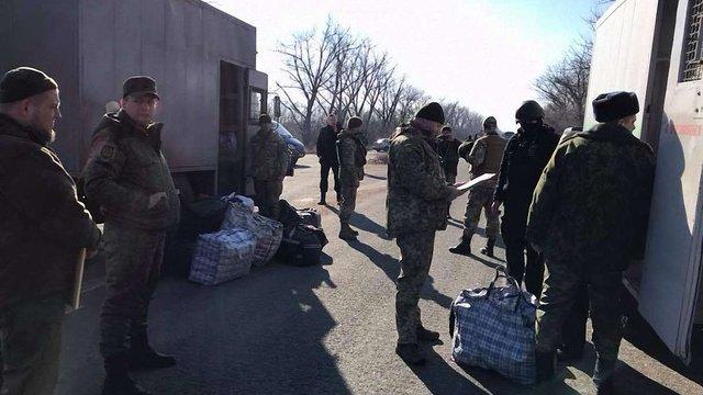 Бойовики «ДНР» передали на підконтрольну урядові України територію 20 в'язнів