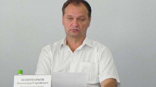У Верховній Раді депутат від «Волі народу» відібрав у журналістів мобільні телефони