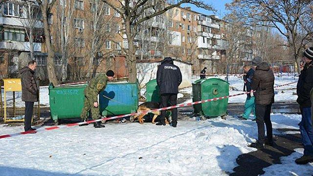 У Миколаєві матір убила ножицями новонароджену дитину і викинула її у смітник