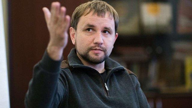 Володимир В'ятрович розповів про свою колекцію платівок Висоцького