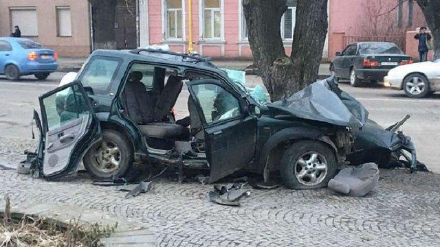 В центрі Ужгорода в аварії загинули троє арабів