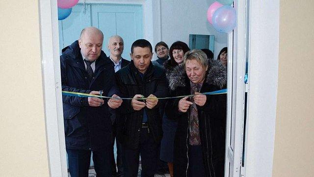 Голова РДА і райради урочисто відкрили туалет у сільській школі