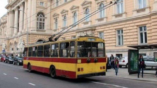 Тролейбуси №2, 7, 9, 10, 12 у Львові тимчасово курсуватимуть за скороченим маршрутом