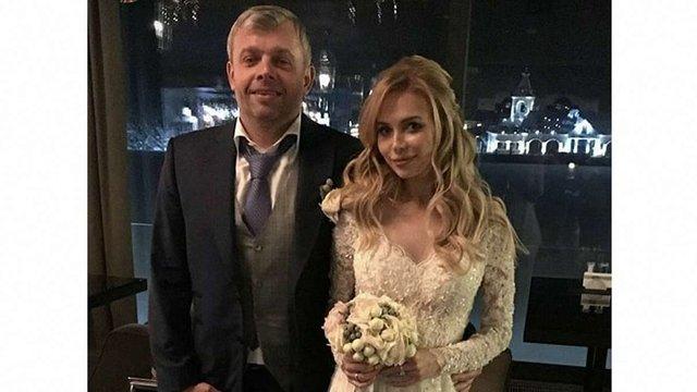 Один з найбагатших бізнесменів Львова одружився зі співачкою