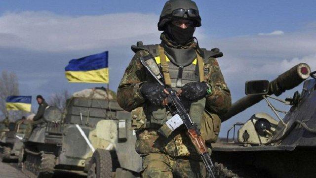 Кабмін затвердив порядок застосування зброї та техніки військовими в зоні АТО
