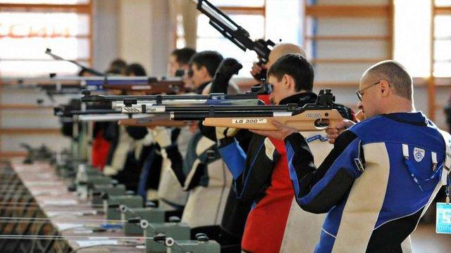 В Україні набув чинності закон про використання спортивної зброї