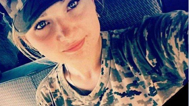 На Донбасі внаслідок обстрілу бойовиків загинула 23-річна військова медсестра