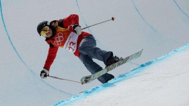 На Олімпіаді лижниця з Угорщини проїхалась без трюків на змаганнях, де потрібно їх показувати
