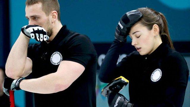 Російських керлінгістів позбавили олімпійських медалей через використання допінгу
