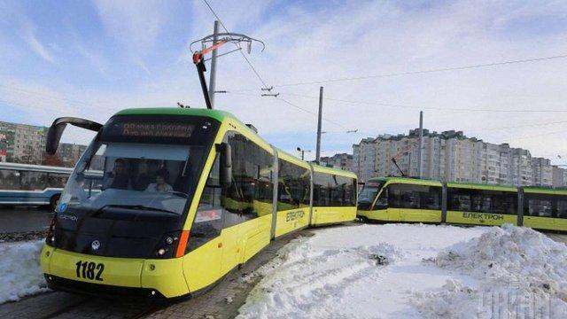 На Сихові під час руху трамвая травмувався пасажир