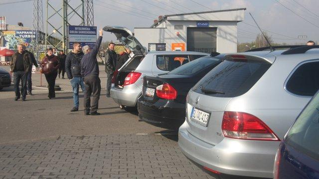 Лише 17 мешканців польського Перемишля є власниками 12500 автомобілів в Україні