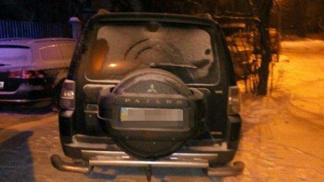 У Львові п'яний водій залишив авто та пішки втікав від патрульних