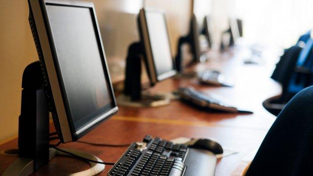 До середини літа в українських селах з'являться комп'ютеризовані відділення «Укрпошти»