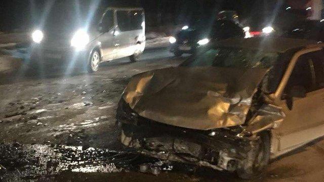 Внаслідок ДТП у Львові травмувалися четверо людей