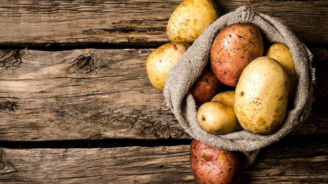 Через сильні морози на Львівщині на 40% подорожчала картопля