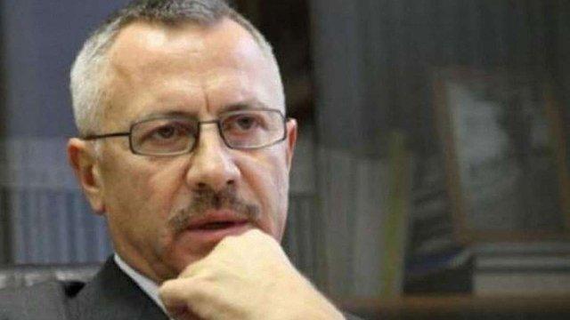 Порошенко призначив суддями Конституційного суду Сергія Головатого та Василя Лемака