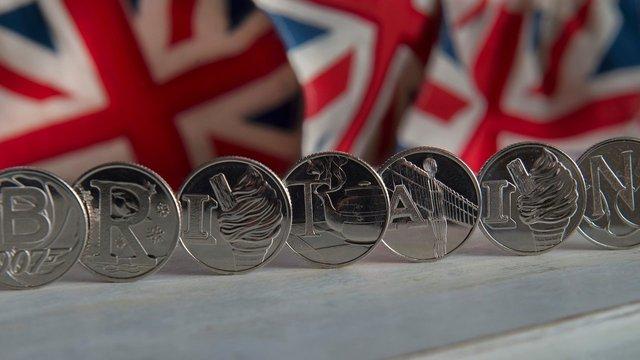 У Великобританії випустили серію монет з «істинно британськими цінностями»